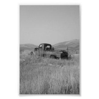 camión de la foto en hierba fotografías