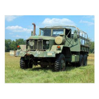 Camión de sobra militar del vintage 6X6 Postales