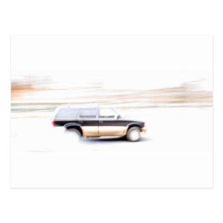 Camión de SUV que apresura Postal