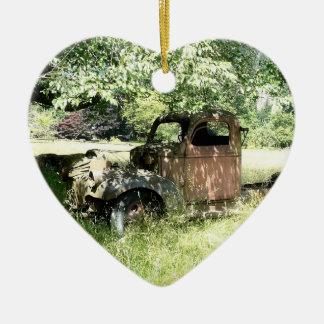 Camión del drogadicto del granjero que aherrumbra adorno para reyes