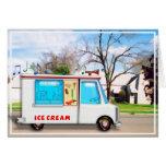 Camión del helado en la calle tarjeta