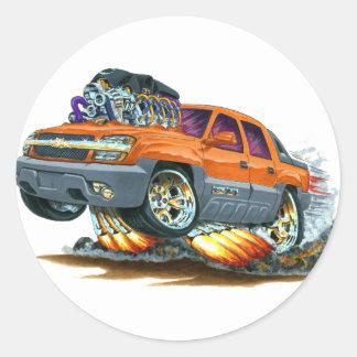 Camión del naranja de la avalancha pegatina redonda