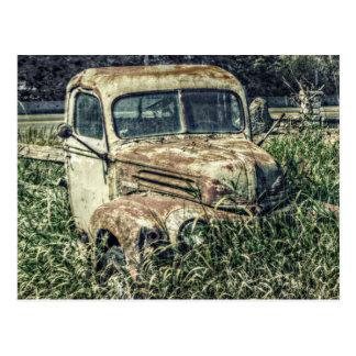 Camión del trabajo de la antigüedad del vintage postal
