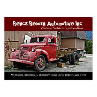 Camión en el taller de reparaciones de los mecánic tarjetas de visita