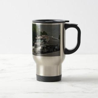 Camión gris de la cisterna de la alimentación del taza térmica