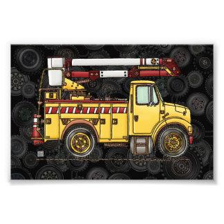 Camión lindo del recogedor de la cereza fotografías