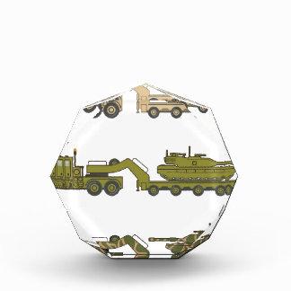 Camión militar que tira del tanque