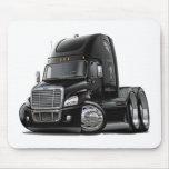 Camión negro de Freightliner Cascadia Tapete De Ratón