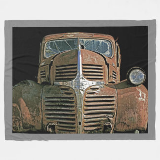 Camión oxidado… con su color de fondo manta de forro polar