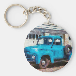 Camión - un camión viejo internacional llavero redondo tipo pin