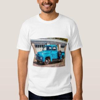 Camión - un camión viejo internacional playeras