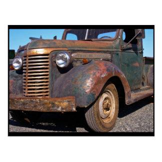 Camión viejo de Chevy - postal
