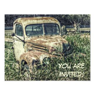 Camión viejo en el fiesta personalizado hierba invitación 10,8 x 13,9 cm