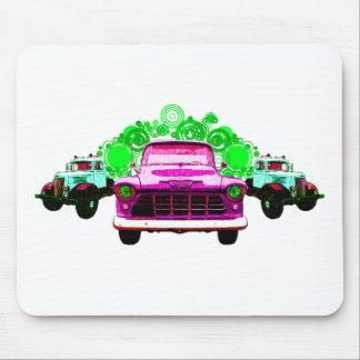 Camiones rosados coloridos del vintage alfombrillas de raton