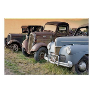Camiones y poster antiguos de los coches