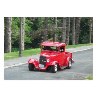 Camioneta pickup antigua clásica del rojo de v8 tarjetas de visita grandes