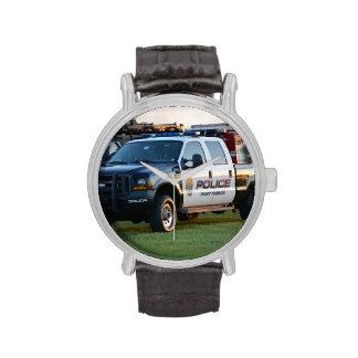 camioneta pickup del Departamento de Policía de Relojes