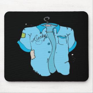 Camisa afortunada de los bolos alfombrillas de ratones
