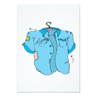 """Camisa afortunada de los bolos invitación 5"""" x 7"""""""