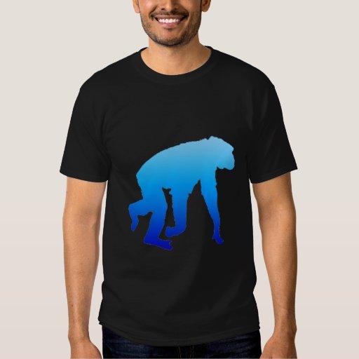 Camisa azul del chimpancé