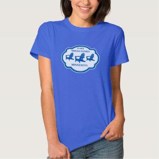 Camisa azul del logotipo de la silla de Adirondack