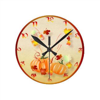 Camisa Caída-Colorida maravillosa de la caída Reloj Redondo Mediano