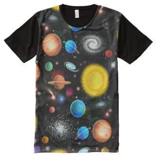 Camisa colorida del espacio de la astronomía