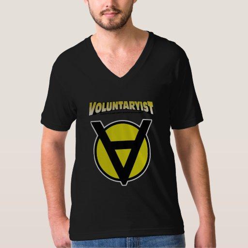 Camisa con cuello de pico de Voluntaryist con el