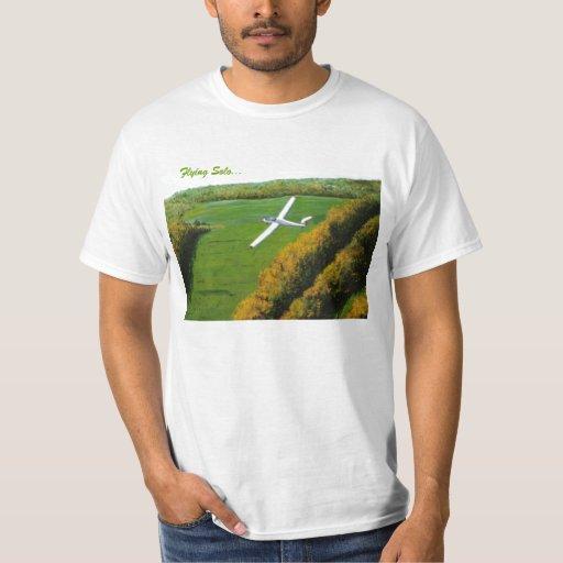 """Camisa con """"volar a solas """""""