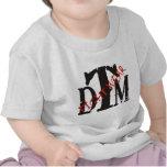 Camisa de DTM con DTM negro y Fightwear rojo