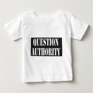 Camisa de la autoridad de la pregunta