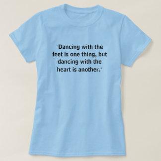 Camisa de la danza de la repetición