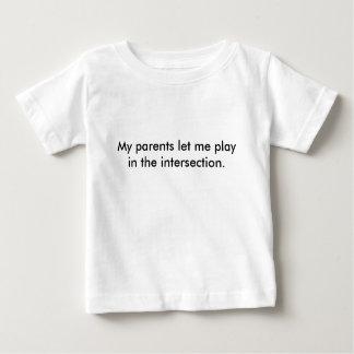 camisa de la intersección de los niños