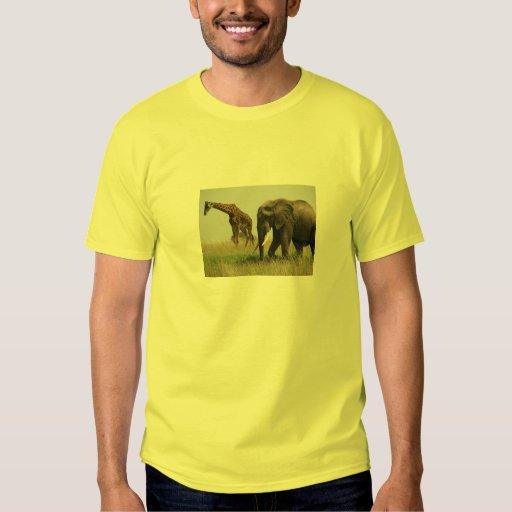 camisa de la jirafa y del elefante