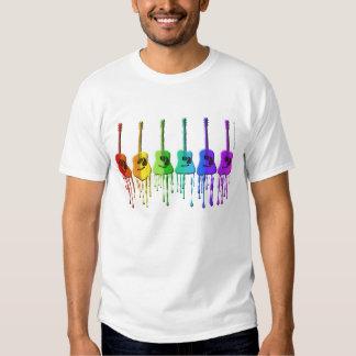 Camisa de las guitarras acústicas del arco iris