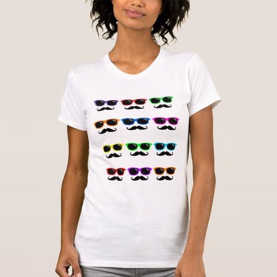Camisa de los vidrios y de los bigotes del arte
