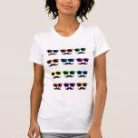 Camisa de los vidrios y de los bigotes del arte po