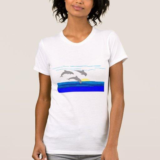 Camisa de salto de los delfínes de la puesta del