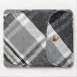Camisa de tela escocesa tapetes de ratones