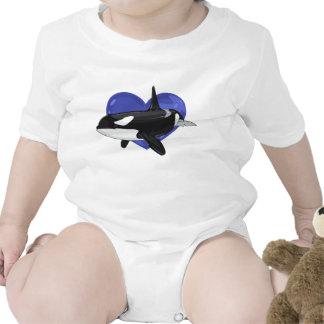 Camisa del bebé de la orca