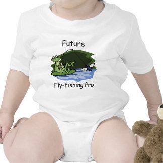 Camisa del bebé de la rana de la pesca con mosca