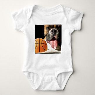 Camisa del bebé del baloncesto del boxeador