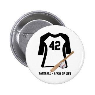Camisa del béisbol con la etiqueta del nombre de l pin