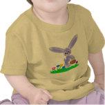 camisa del conejito del bebé