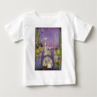 Camisa del cuento de hadas del bebé de Thumbelina