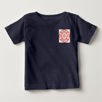 Camisa del cuerpo de bomberos del niño