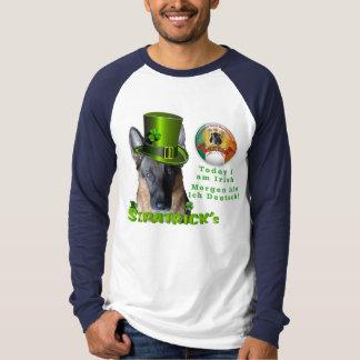 Camisa del dueño del pastor alemán de San Patricio