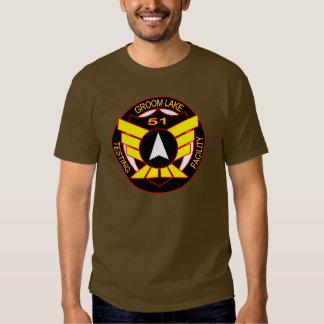 Camisa del empleado del área 51