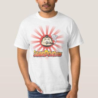 Camisa del ir de discotecas del cigarro