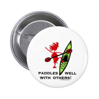 ¡Camisa del kajak, regalo del kajak, pegatina para Pin
